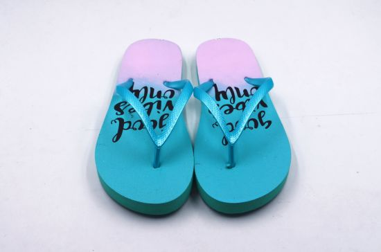 2019 New Arrival Women Slippers with PE Sole pictures & photos