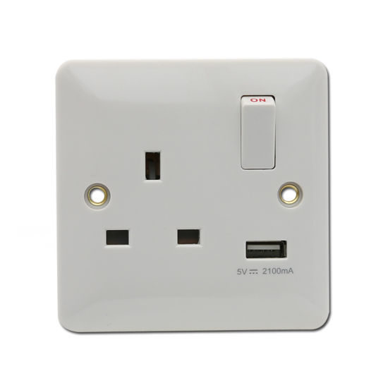 13A 1 Gang Switched Socket with One USB Port (Z760)