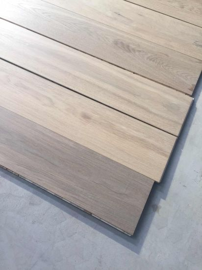 Factory Direct European Oak Engineered Wood Flooring From Foshan pictures & photos