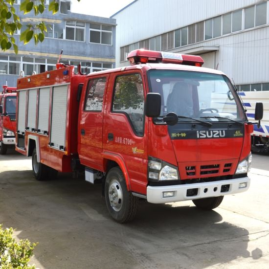 Japanese Brand Isuzu LHD 800 Gallon 4*2 Fire Fighting Truck pictures & photos