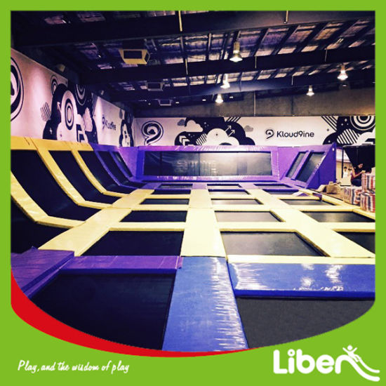 Big Amusement Equipment Indoor Trampoline Park of 600 Sqm pictures & photos