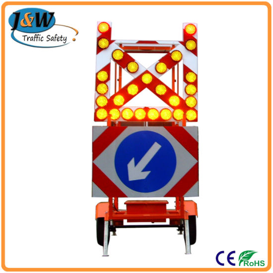 Mobile Solar Traffic Signal Directional Arrow with Trailer pictures & photos