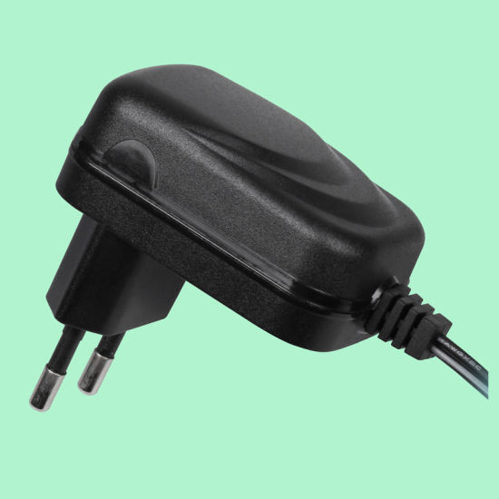 12W Universal AC/DC Adaptor with More Smaller Size and Higher Efficiency