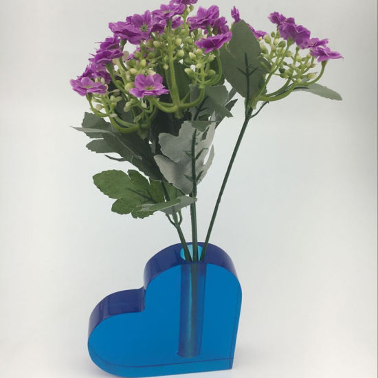 China Desktop Blue Heart Shape Acrylic Vase China Acrylic Flowerv