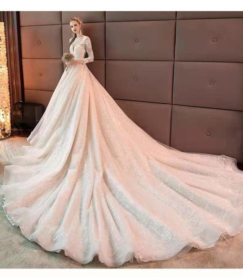 Graceful Princess Fantasy Women One-Shoulder Girl Luxury Wedding Dress pictures & photos