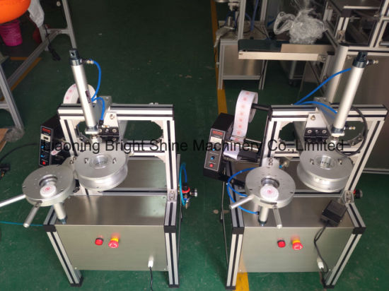 Hand Pleat Soap Packing Machine for Ht-900 pictures & photos