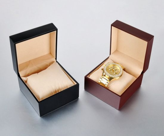 Square Leather Gold Watch Display Gift Box (JB-012) pictures & photos