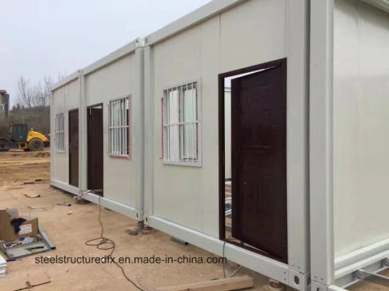 New Style Prefabricated Sandwich Panel Container House for Home/ Camp pictures & photos