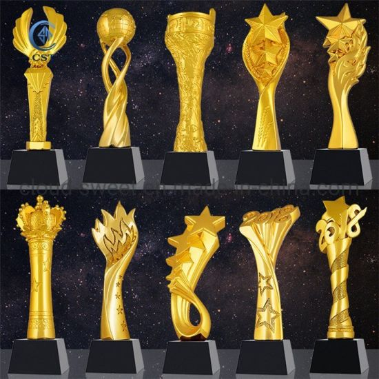 Wholesale Custom Made 3D Gold Souvenir Metal Award Trophy (CST-JP017) pictures & photos