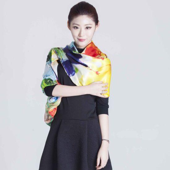 New Arrival Stylish Custom Digital Printed Ladies Silk Scarf