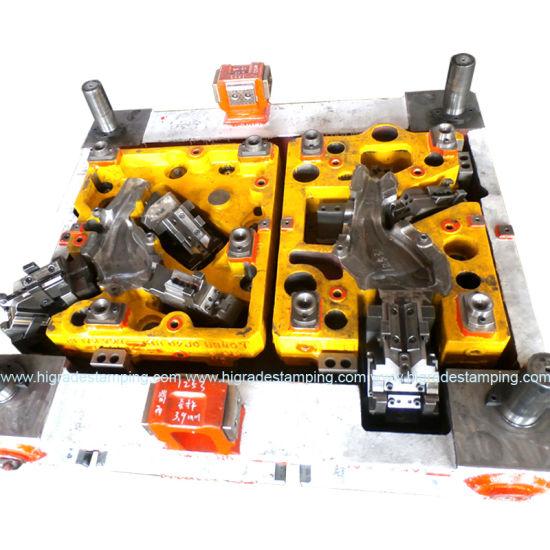 Automotive Stamping Die/Transfer Die/Tool/Tooling/Die for Stamped Parts/Products/Pressings with SPCC/SUS304/Alloy Steel OEM ISO9001