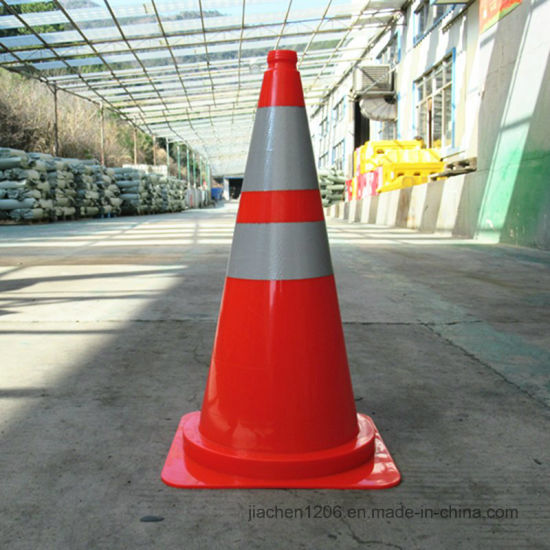 European Superior safety 750mm Nice Design Traffic Cone pictures & photos