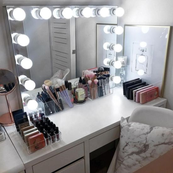 China Mirror With Light Bulbs Makeup