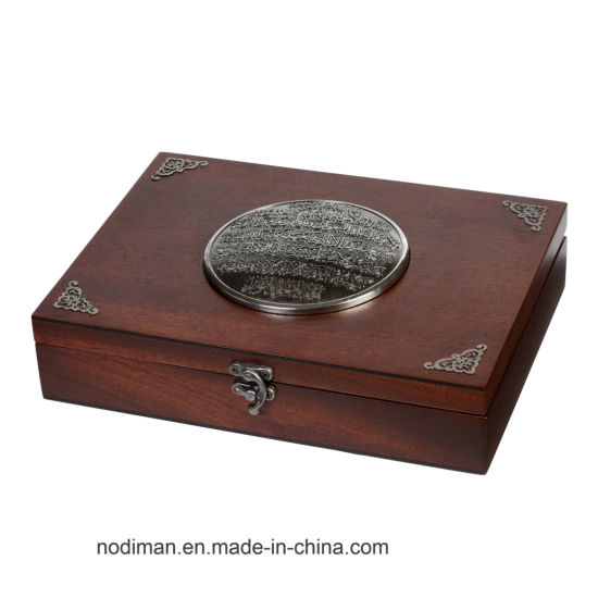 High Quality Solid Wood Gift Box pictures & photos