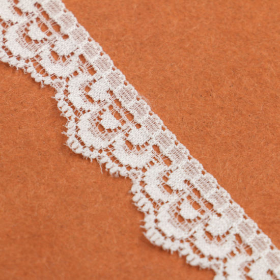 Cheap Knitted Brocade Flower Lace High Quality Lace pictures & photos