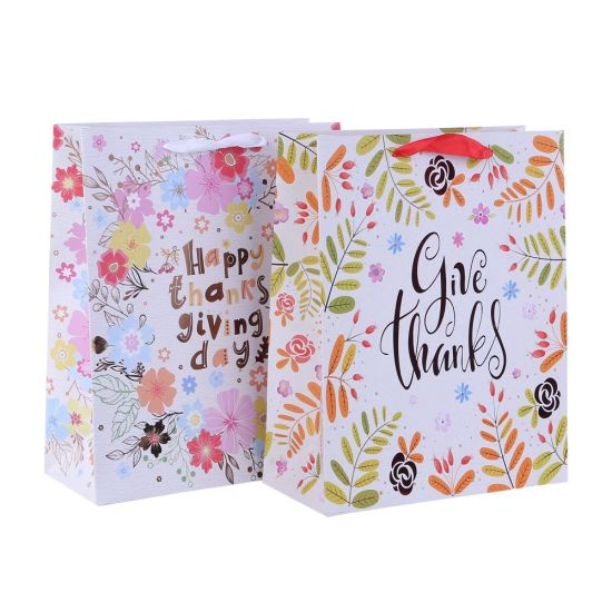 Fsc Certificate Gift Packing Paper Gift Bags with Hot Stamping