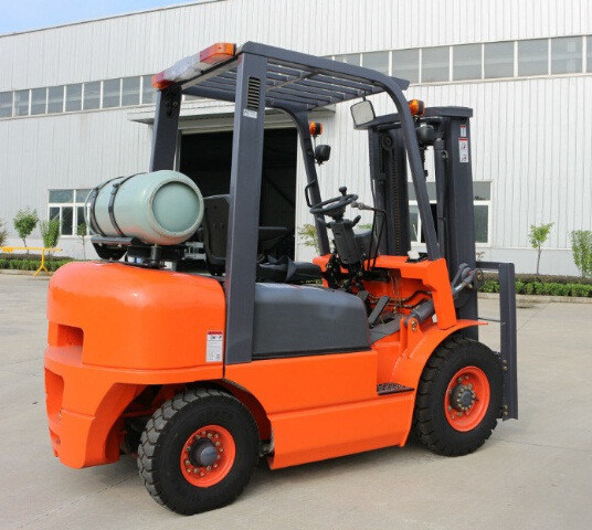 2ton LPG Forklift pictures & photos