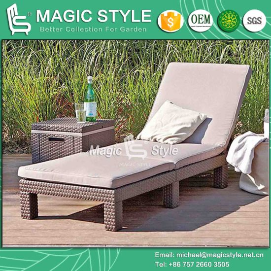 China Sun Lounger Rattan Daybed Sun Bed Wicker Daybed Garden