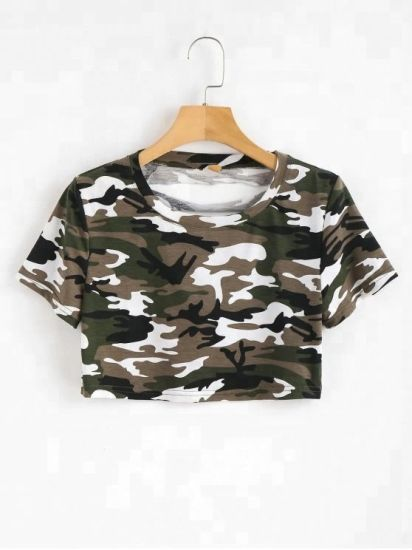 Women Classic Cut out Cropped Camouflage Tee Shirts pictures & photos