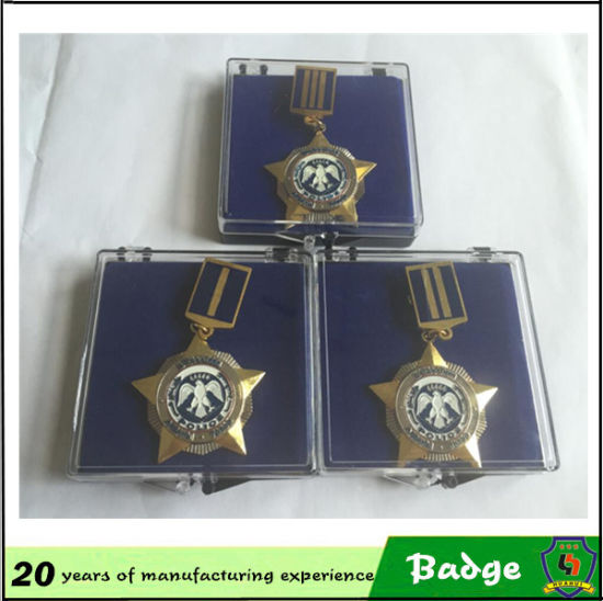 Gold Star Military Badge Custom pictures & photos