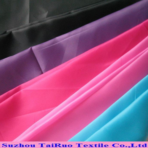 The Hot Sale 100% Poly 210t Taffeta for Lining Fabric