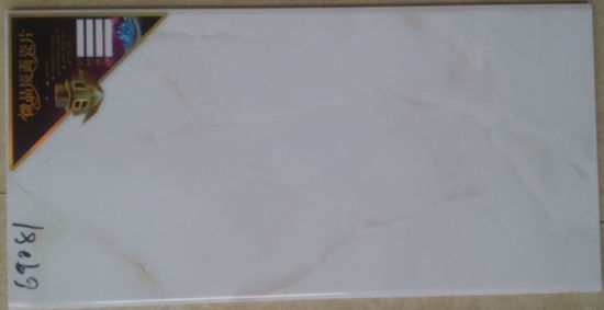china 300 600mm white glossy ceramic wall tile for wall building