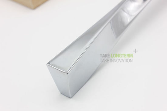 European American Style Modern Zinc Alloy Kitchen Cabinet Handle pictures & photos