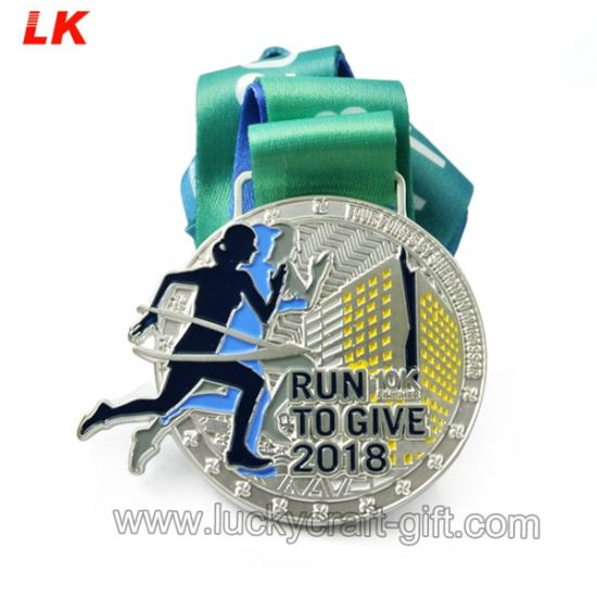 2020 Custom Silver Nickel Souvenir Metal Marathon Medal with Ribbon