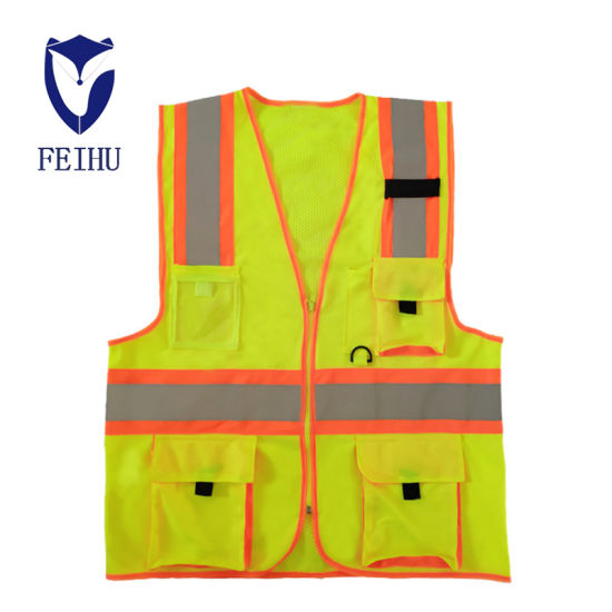 Safety Protection of Multi-Pocket Reflective Clothing Reflective Vest pictures & photos