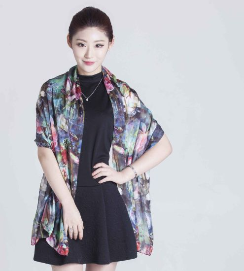 Factory Direct Sale 100% Silk Scarf Spring and Summer for Fashion Ladies