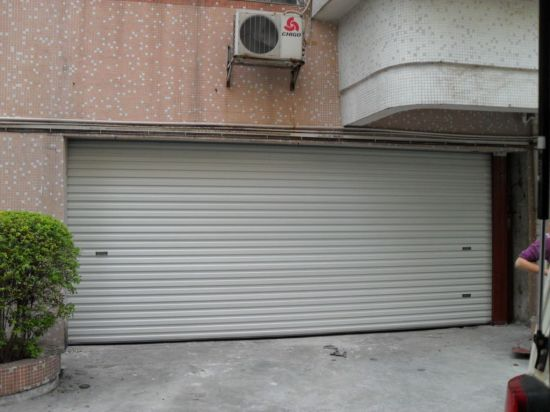 Modern Automated Wholesale Sectional Garage Door for Sale