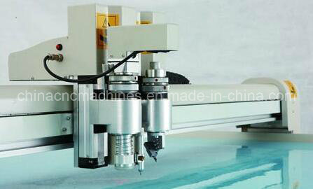 Digital Oscillating Carton Box Sample Cutting Plotter 1300mm*2500mm pictures & photos