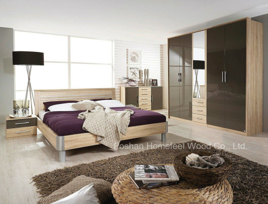 Modern Wooden Bedroom Furniture Set (HF-EY0011) pictures & photos
