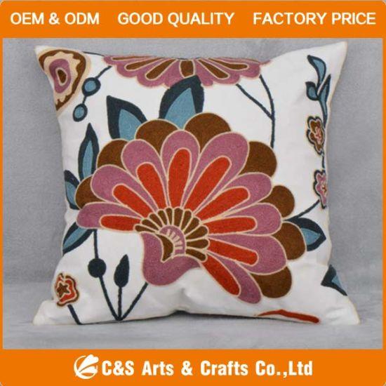 Custom New Design Appliqued Fabric Cushion for Home Textile