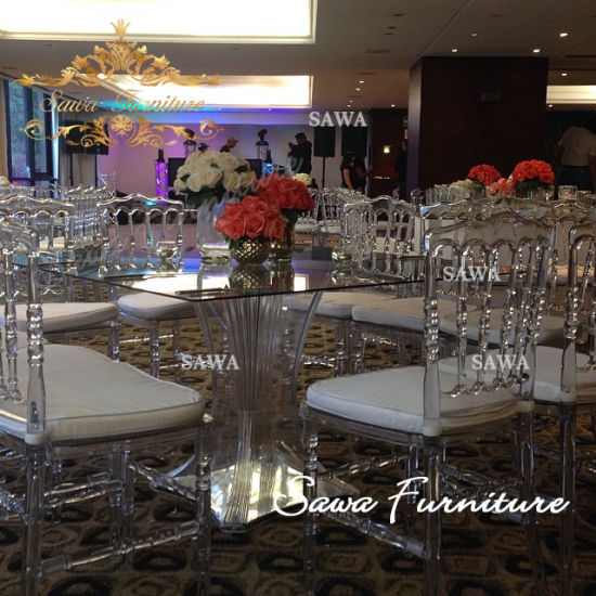 Modern Clear General Use Outdoor or Indoor Acrylic Bridal Table or Acrylic Wedding Cake Table pictures & photos