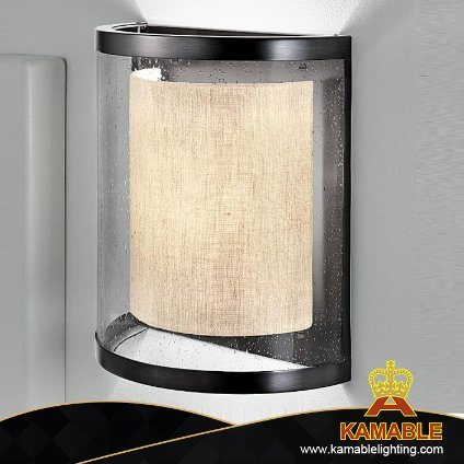 Modern Acrylic Fabric Shade Hotel Wall Lamp (KTT02-400W) pictures & photos
