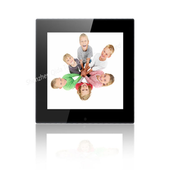 New Best Selling 10 Inch Digital Photo Frame pictures & photos