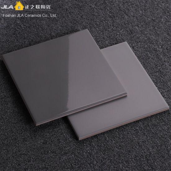 China Grey 8x8inch20x20cm Standard Bathroom Tile Sizes Cotto Floor