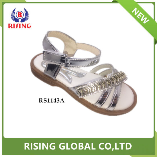 c2027bf1ff6819 China 2018 Girls Fashionable Flat TPR Sole Sandals with Hook - China ...