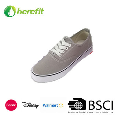 OEM Customized Design Men Sport Shoes with EVA Sole and Canvas Upper pictures & photos