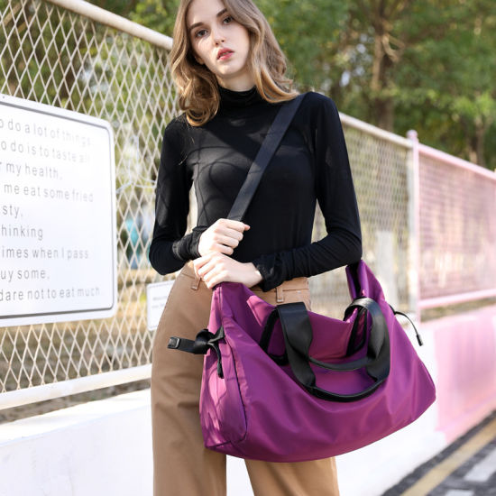 Wholesale Waterproof Women Gym Duffel Bag Backpack Custom Sport Travel Duffle Bag