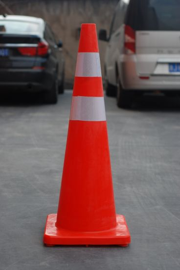 "Reddish Orange Flexible PVC Cone 36"" pictures & photos"