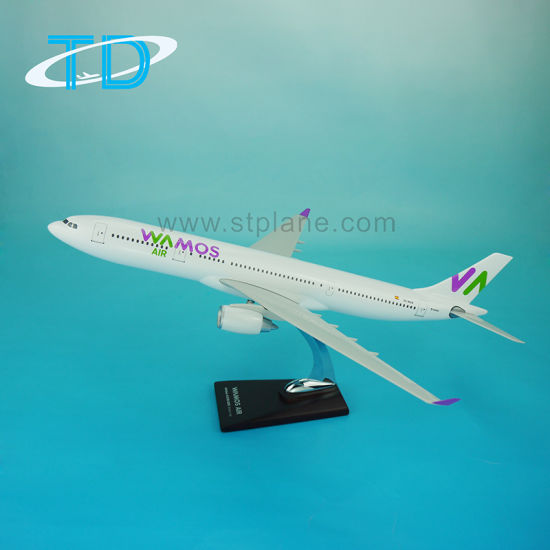 Wamos Air A330-200 47cm 1/130 Aeroplane with Stand pictures & photos