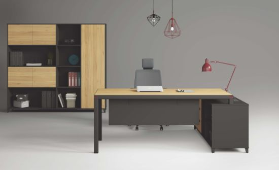Modern Design Luxury Office Table Executive Desk Wooden Furniture (FEC8316) pictures & photos