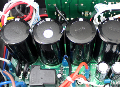 China Brand Name Qsn High Power Professional 20Hz Power Amplifier pictures & photos