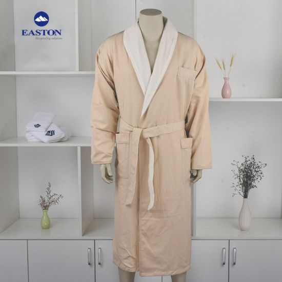 Top Grade Quality Male/Men′s Bathrobe for 5 Star Hotel Room pictures & photos