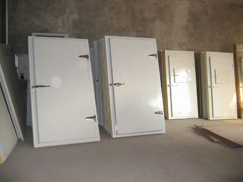 White Swing Door 100mm pictures & photos