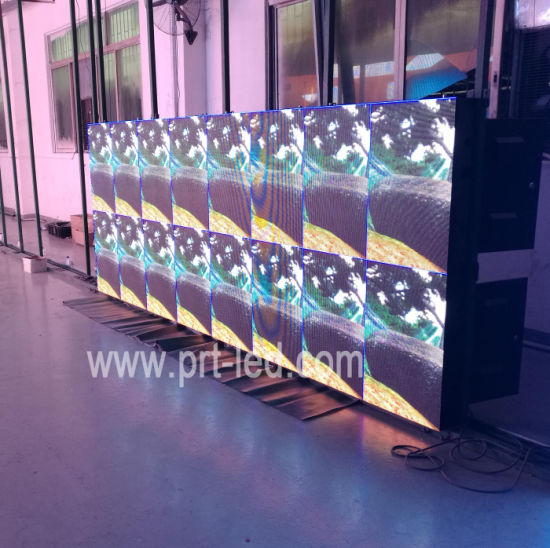 SMD RGB P4 LED Screen Outdoor with High Brightness 6000nits pictures & photos