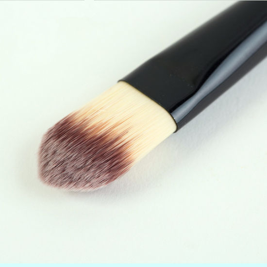 1PC New Foundation Brush Cream Professional Cosmetic Make-up Brush pictures & photos