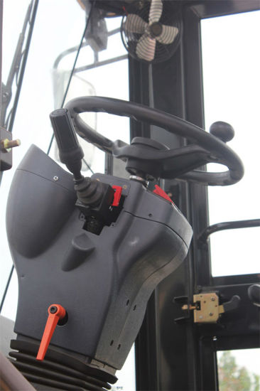 2.5t 100HP Wheel Loader pictures & photos